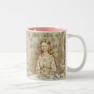 Thé fou de chapeliers mug bicolore