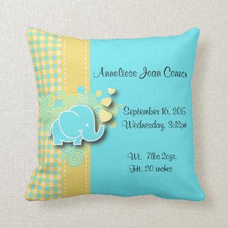 Thème jaune et bleu de crèche d'éléphant de bébé coussins carrés