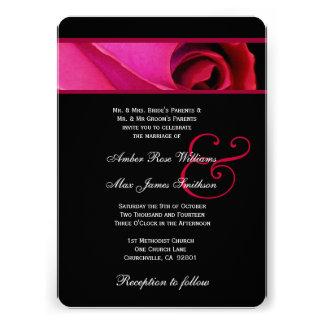 Thème rouge et noir élégant de rose épousant V06 Invitations