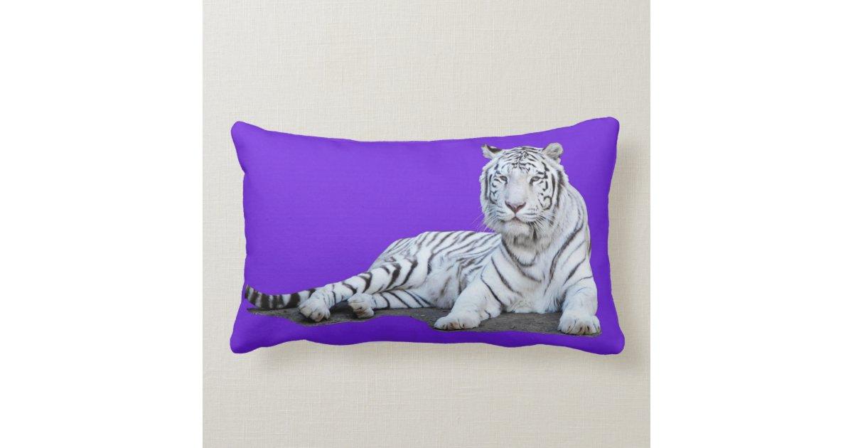 tigre blanc sur le pourpre coussin zazzle. Black Bedroom Furniture Sets. Home Design Ideas