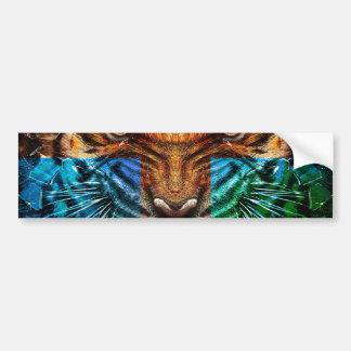 Tigre croisé - tigre fâché - visage de tigre - le autocollant de voiture