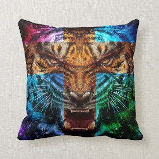 Tigre croisé - tigre fâché - visage de tigre - le coussin