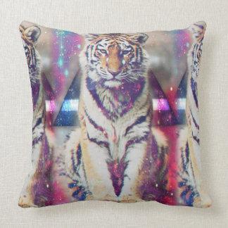 Tigre de hippie - art de tigre - tigre de triangle coussin