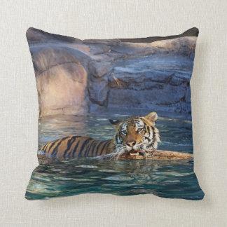 Tigre d'été coussin