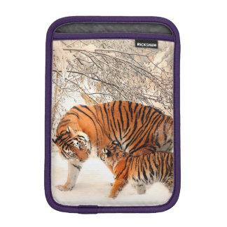 Tigre et petit animal - tigre housse pour iPad mini