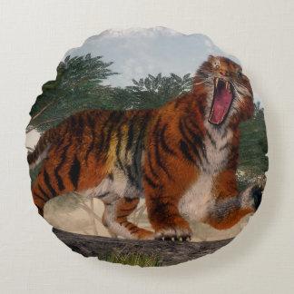 Tigre hurlant - 3D rendent Coussins Ronds