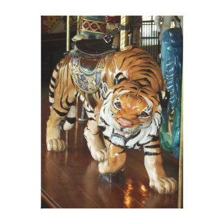 Tigre sournois toile