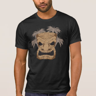 Tiki mauvais découpant le T-shirt détruit des