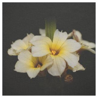Tissu Fleurs de satin élégantes