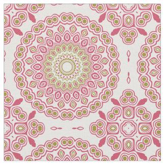 Tissu Médaillon kaléïdoscopique de rose rose et de vert
