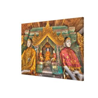 Toile Buddhas dans un temple