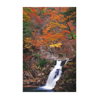 Toile Cascade de Sandankyo en automne