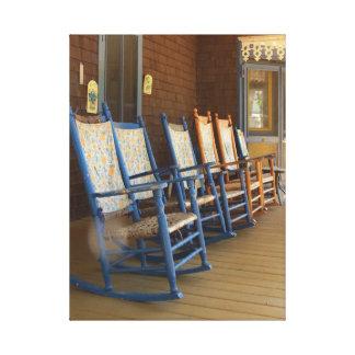 Toile Chaises de basculage sur le porche, cottage de