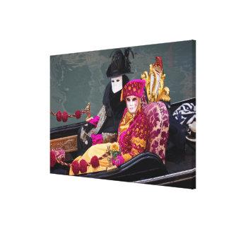 Toile Couples dans la gondole au carnaval, Venise