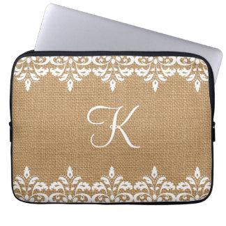 Toile de jute de pays et monogramme blanc de housses pour ordinateur portable