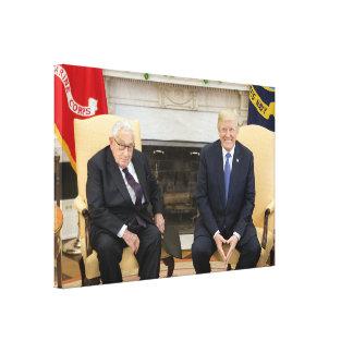 Toile Donald Trump avec Henry Kissinger
