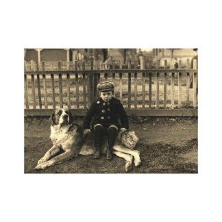 Toile garçon de 1890's s'asseyant sur la photographie de