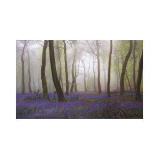 Toile Jacinthes des bois dans la brume