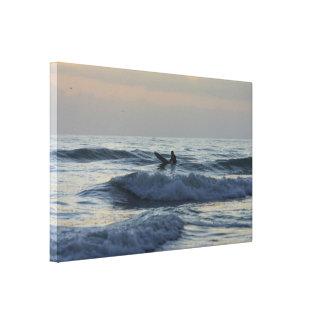 Toile Le surfer attend