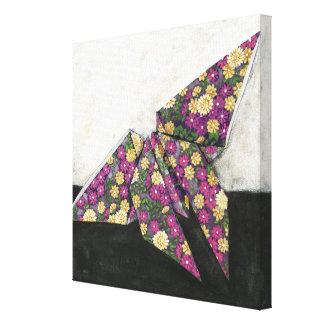 Toile Papillon d'origami sur le papier floral