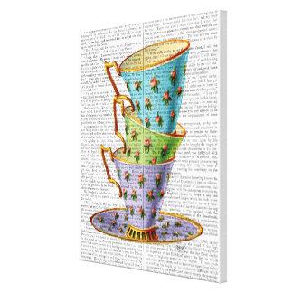 Toile Pile de trois tasses de thé vintages