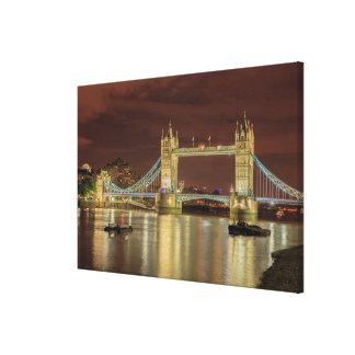 Toile Pont de tour la nuit, Londres