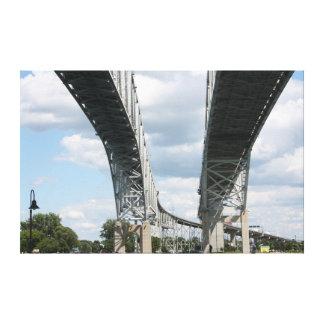 Toile Pont vers le Canada