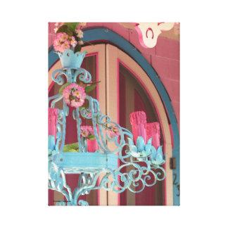 Toile Porte et candélabres roses de cottage de pain
