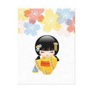Toile Poupée de Kokeshi d'été - fille de geisha jaune de