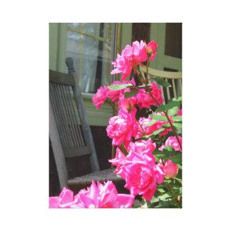 Toile Roses et chaise roses - cottage de Martha's