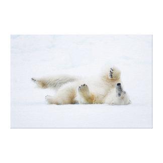 Toile Roulement d'ours blanc dans la neige, Norvège