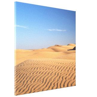 Toile Sable débordant doux de désert.