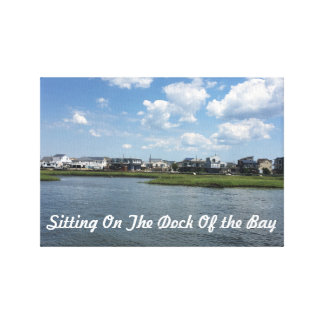 Toile - se reposant sur le dock de la baie