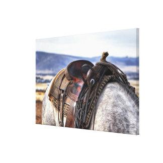 Toile Selle occidentale sur le cheval gris