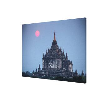 Toile Temple bouddhiste au coucher du soleil