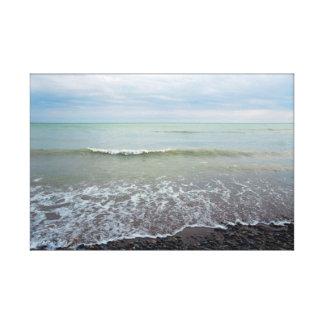 Toile Vagues de détente de paysage de plage et ciel bleu