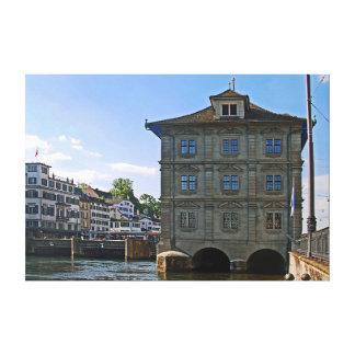Toile Ville hôtel de Zurich. Les banques du Limmat