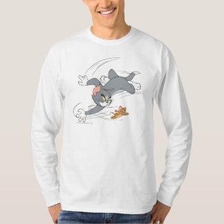 Tom et tour de chasse de Jerry T-shirt