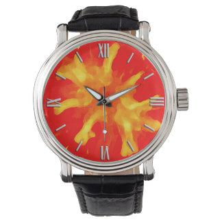 Tomate rouge flamboyante d'art de bruit montres cadran