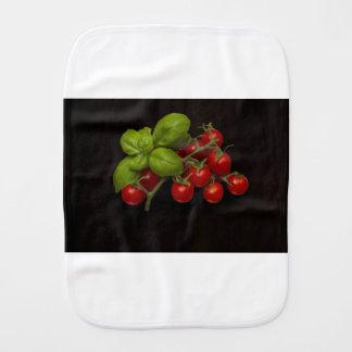 Tomates cerise Basil Linge De Bébé