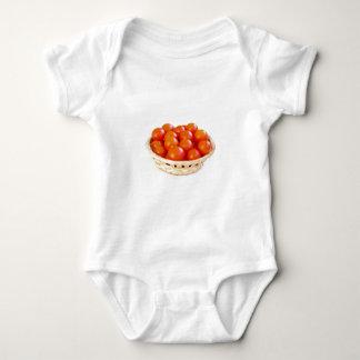 Tomates cerise dans le panier body