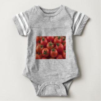 Tomates cerise mûres de jardin body