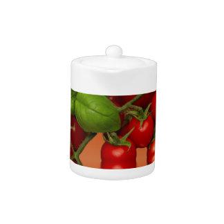 Tomates cerise rouges Basil