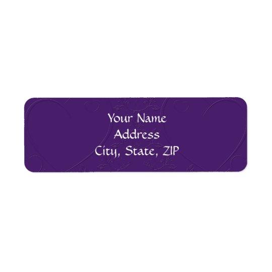 Ton pourpre sur les coeurs liés de ton étiquette d'adresse retour