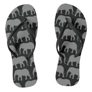 Tongs Motif de silhouettes d'éléphant africain