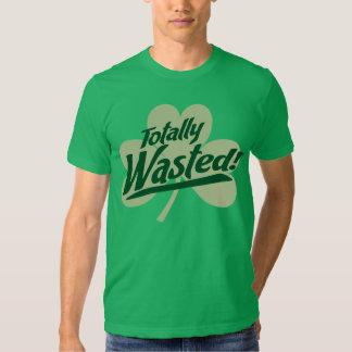 Totalement gaspillé ! T-shirt du jour de St