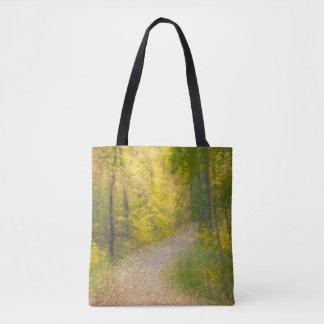 Tote Bag Arbres dans des couleurs d'automne et la voie