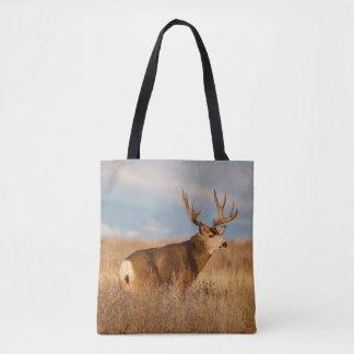 Tote Bag Cerfs communs de mule dans la prairie d'hiver