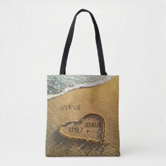 Tote Bag Coeur dans la plage tropicale de sable
