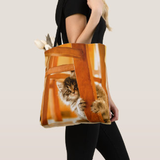 Tote Bag Kitty sous la chaise